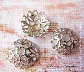 48 Silver Brass Bead Cap, Flower, 12mm in diameter, Hole: 2.3mm.