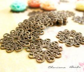 42 Brass Vintage Filigree Caps - Connectors Findings Flower, 17mm