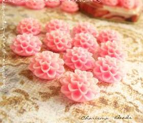 30 Resin Chrysanthemum Flower Cabochons Accessory 15x8mm